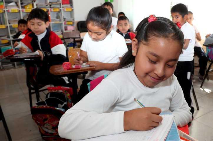 En Tlaxcala se asegura equidad, pertinencia y continuidad en la educación: Florentino Domínguez
