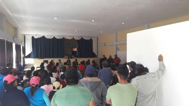 Logran padres de familia auditoría en escuela de Acuamanala