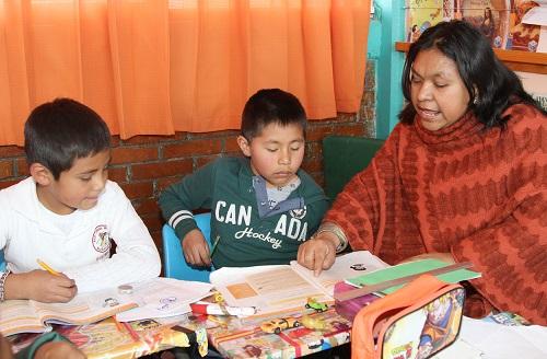 Atienden autoridades educativas a 172 alumnos migrantes