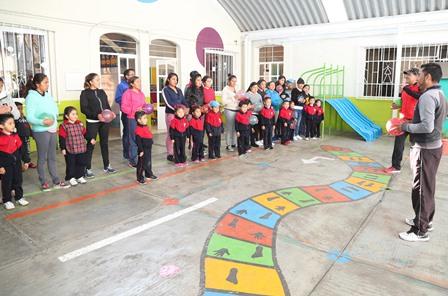 Promueven matrogimnasia en escuelas de nivel preescolar