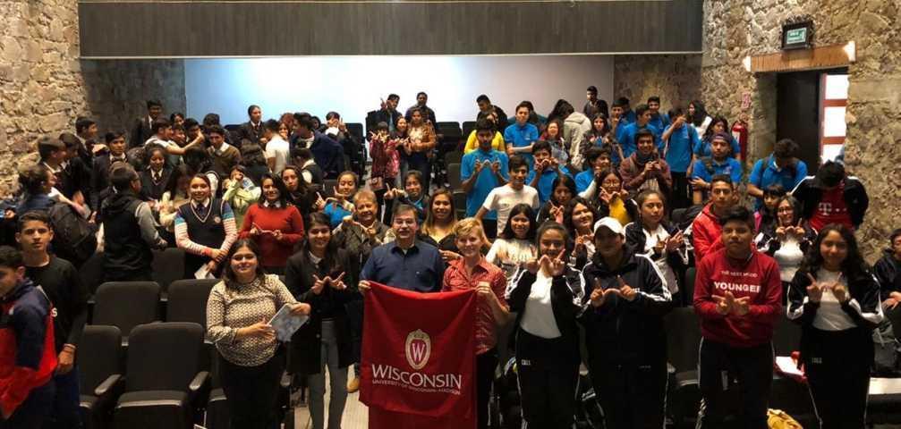 Universidad de Wisconsin realiza jornada informativa para estudiantes tlaxcaltecas