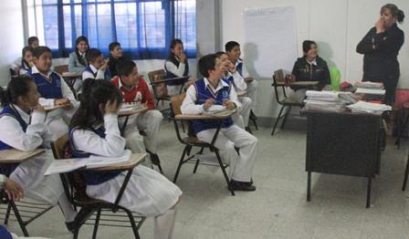 Reinician clases 386 mil alumnos de Tlaxcala tras vacaciones