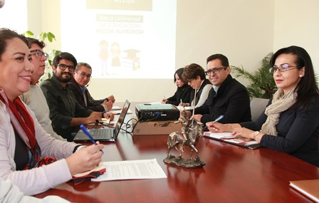Analizan en Tlaxcala alcances del programa nacional de becas