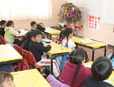 Mañana lunes regresan a clases 378 mil alumnos de Tlaxcala