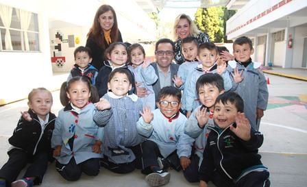 Autoridades constatan mejorar al Cendi 3 de Apetatlitlán