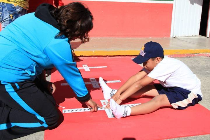 Fortalece SEPE y SESA acciones para la educación física de estudiantes