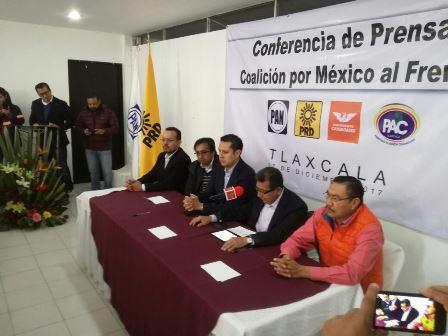 Cede Serafín Ortiz y el PAC va por diputación federal por el frente