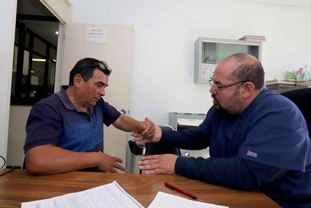 Evaluaron a pacientes para tercera jornada de cirugía extramuros de mano