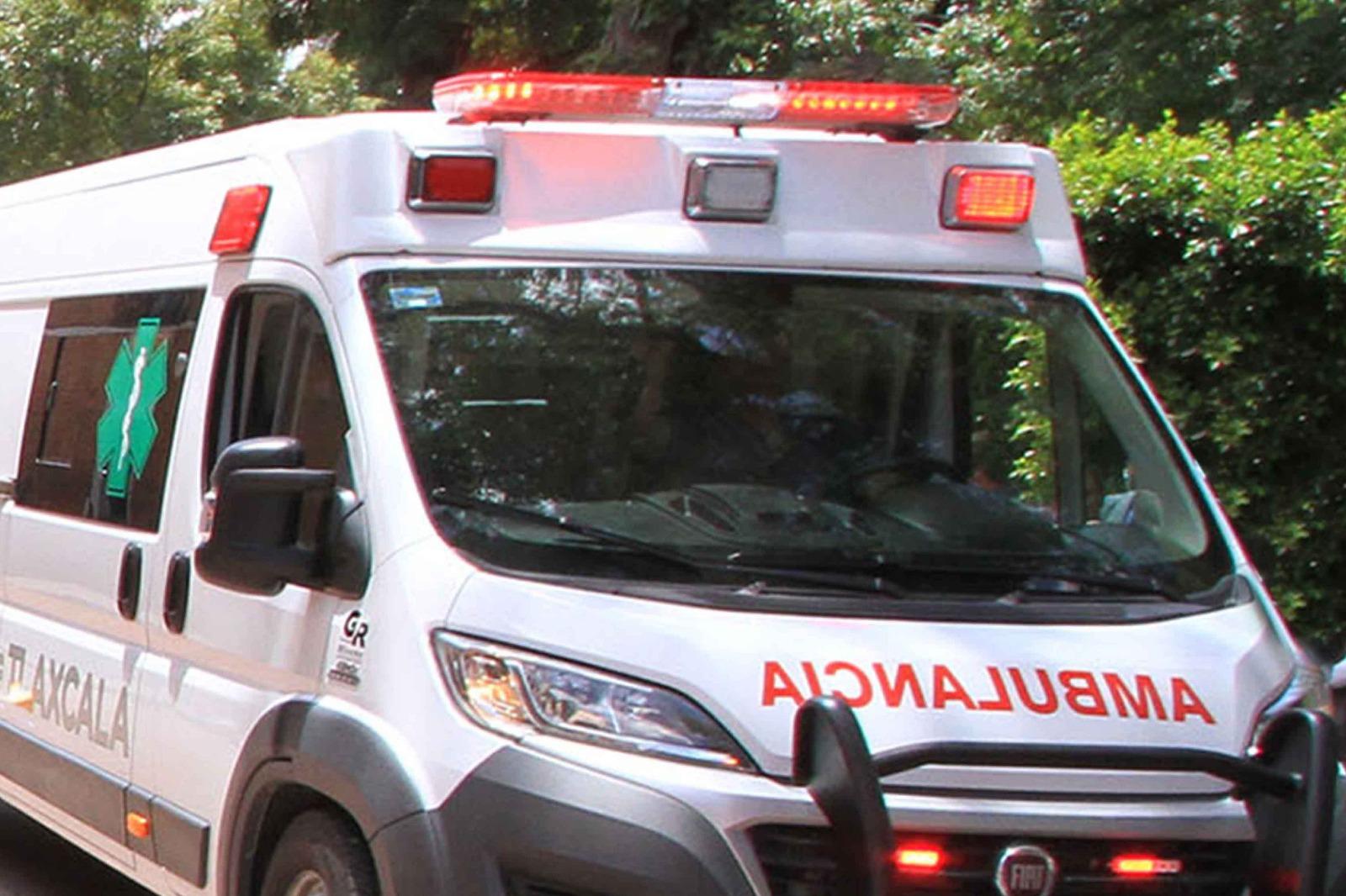 Atiende SESA a lesionados de accidente en Apizaco