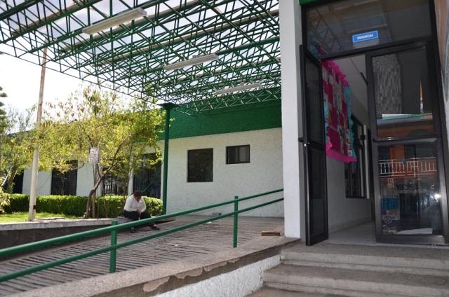 Reciben ciudadanos atención primaria en Hospital de Contla