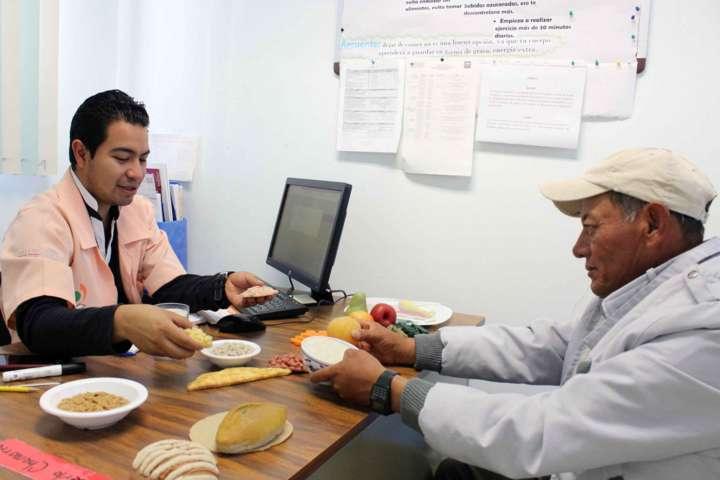 Atiende UNEMEC-EC integralmente enfermedades crónicas