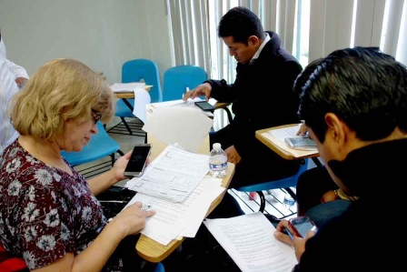 Capacitan a médicos y enfermeras en salud materna en Tlaxcala