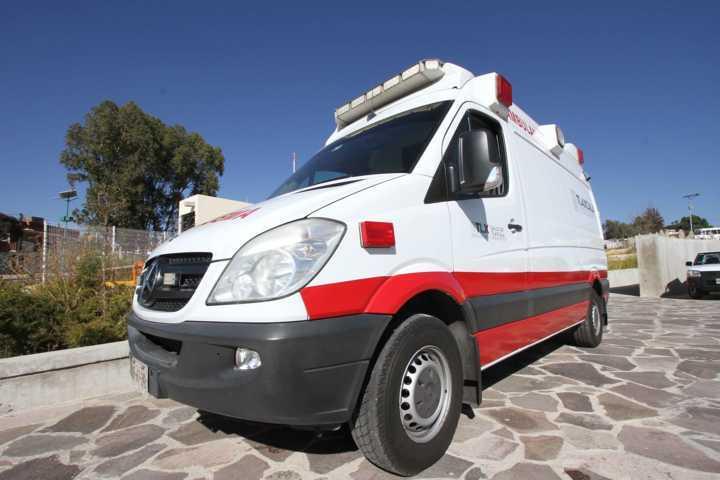 Atiende SESA a chofer de camión sin frenos en Carretera Tlaxcala-Apizaco