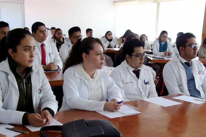 40 estudiantes realizarán su internado médico en hospitales de la SESA