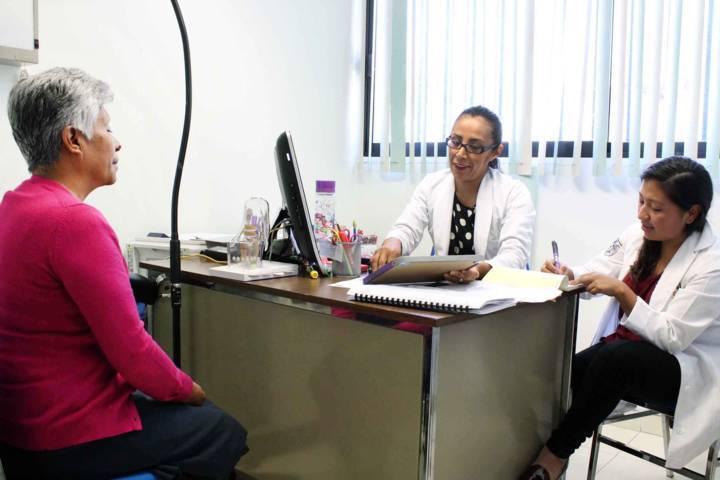 Ofrece SESA servicios médicos a adultos mayores en 178 unidades