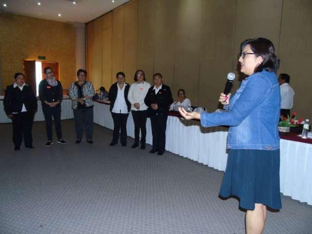 Capacita SESA a personal para promover estilos de vida saludables
