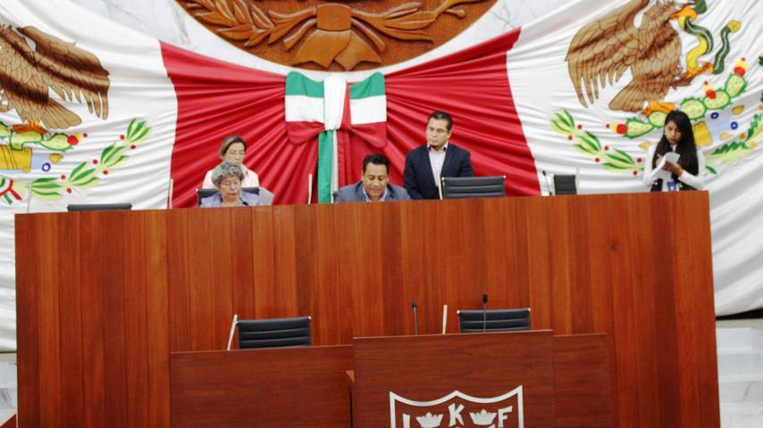 Por falta de quorum no se tomó protesta a cuatro diputados suplentes