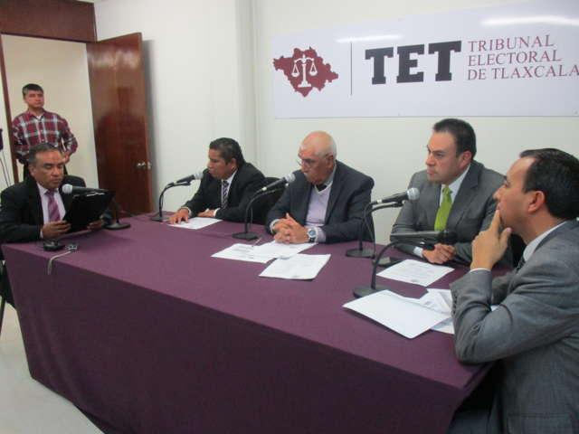 Ordena TET al alcalde de Chiautempan pagar salario a síndica municipal