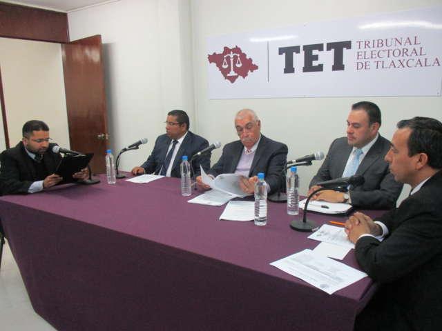 Obliga el TET a Antonio Mendoza pagar su salario a Belén Vega