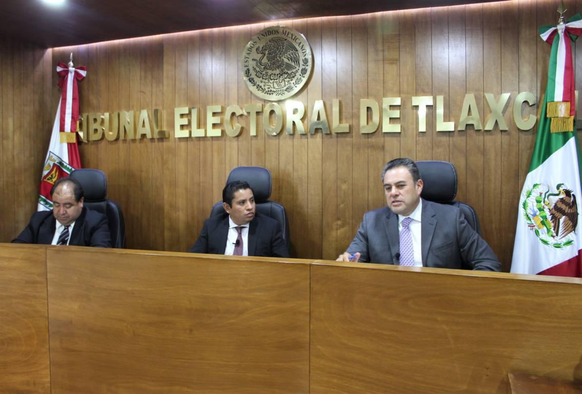 Ordena TET a edil de Huactzinco el pago de salario suspendido a síndica municipal