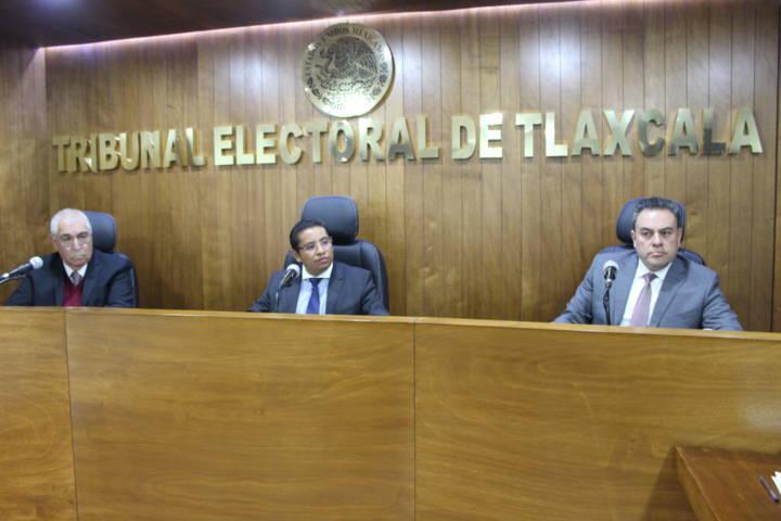 Revoca TET suspensión de Lucía Rojas como síndica municipal de Ixtenco