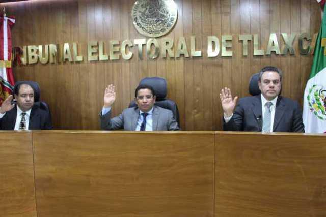 Remite TET a Contraloría de Totolac, caso de regidor al que acusan de tener dos cargos