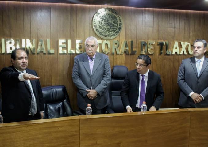 Toma protesta Miguel Nava como nuevo magistrado del TET