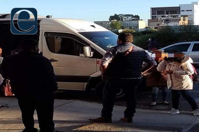 Sujetos armados asaltan a pasajeros de ATHA; hay lesionado con arma