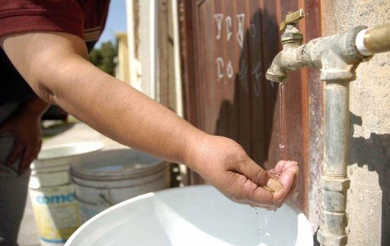 Sin agua en fraccionamientos de Ocotlán, denuncian