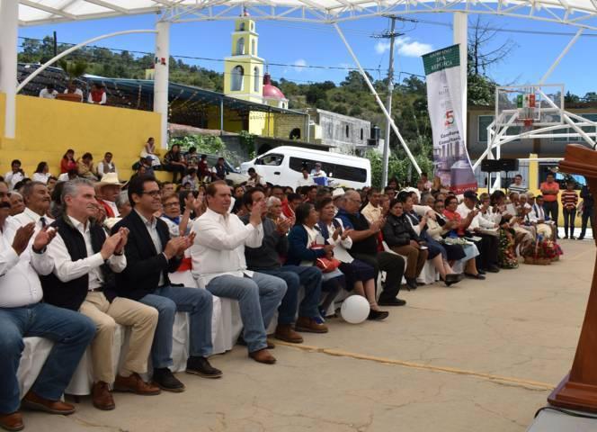 Entregan reconocimientos a más de 500 adultos mayores en Ixtacuixtla