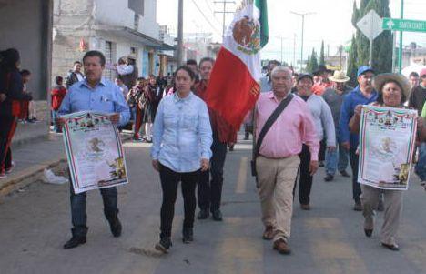 Con el Bando Solemne damos a conocer el inicio de estas fiestas patrias: alcalde