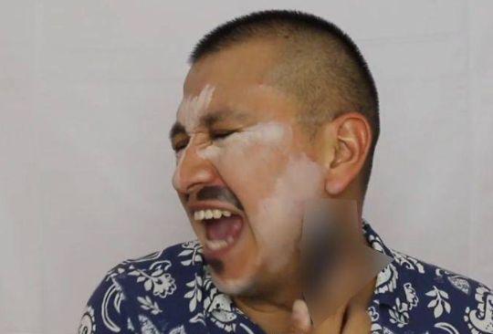 Por maquillarse con un dildo corren a funcionario de la USET