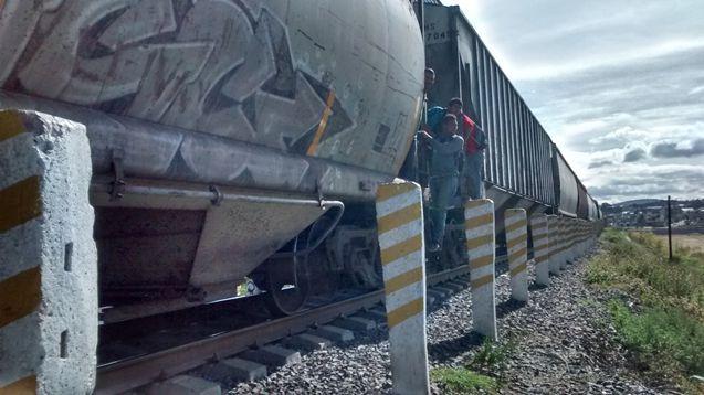 Continuan los accidentes de migrantes en vìas del tren de Apizaco: UMUN