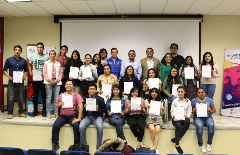 23 estudiantes UPTx viajarán al extranjero
