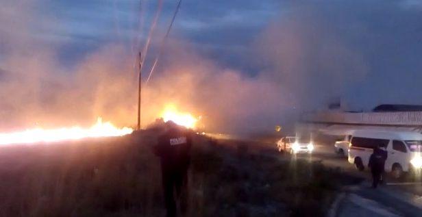 Buscan apagar incendio registrado en terrenos de Santa Cruz Tlaxcala