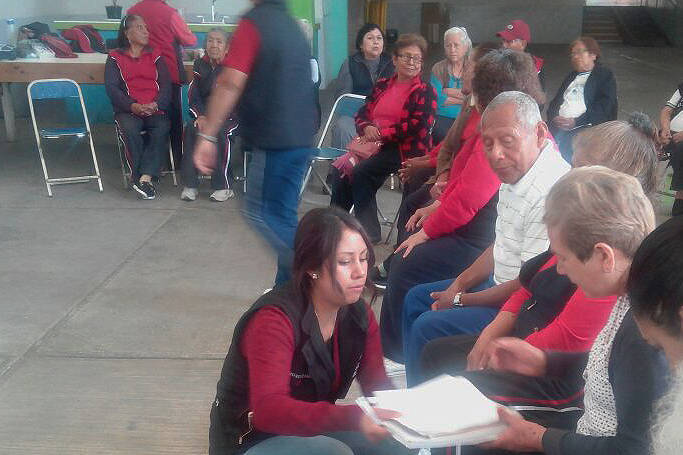 Acuerdan SMDIF y Profeco impartir cursos para adultos mayores