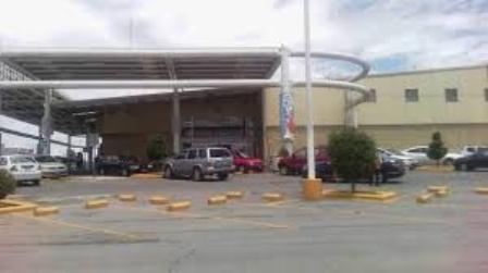 Roban 400 mil pesos de la tienda Soriana de Apizaco