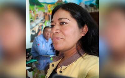 Títere de Tzompantepec solapa a presidenta de comunidad corrupta