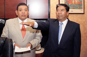 Tongolele huye de sanciones y deja dirigencia de MORENA