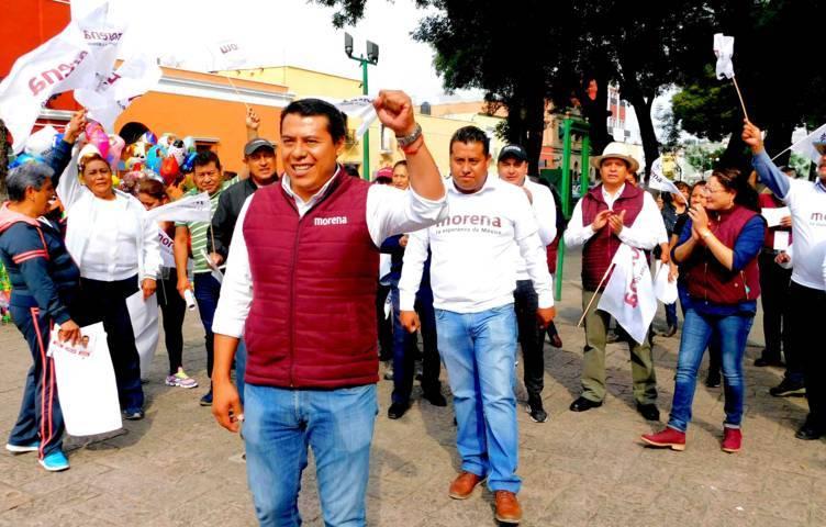 Jovenes con Rubén Terán rechazan condicionen educación universitaria