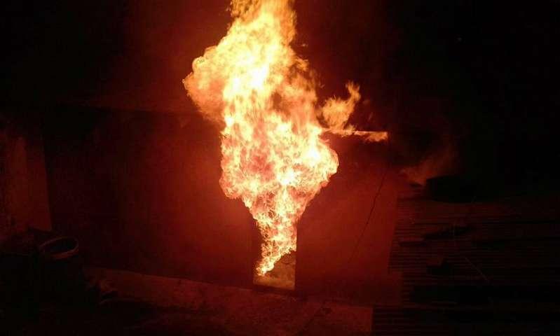 Protección Civil de Apizaco sofoca incendio en Yauhquemecan