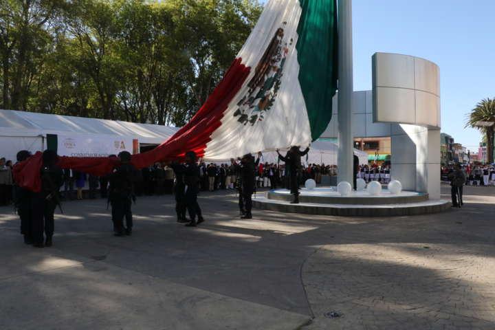 Conmemora Hernández Mejía día de la Bandera en Apizaco