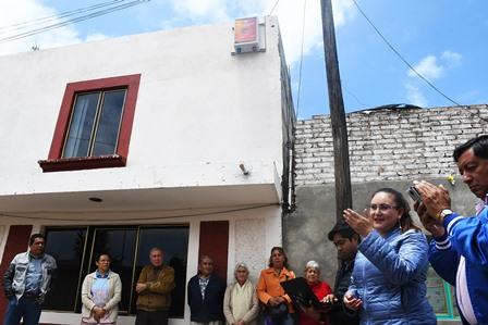 Instala Tlaxco primera alarma vecinal para prevenir delitos