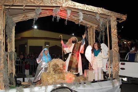 La Navidad Mágica llegó con un desfile y el encendido del Árbol