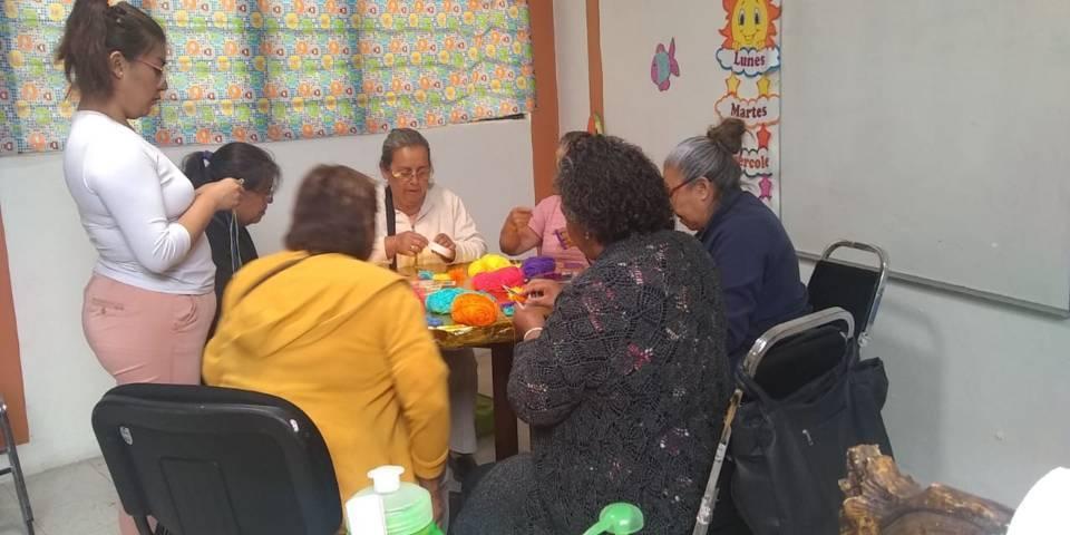 """Continúan con taller """"Manos que transforman"""" en IMTPD de Tlaxcala"""