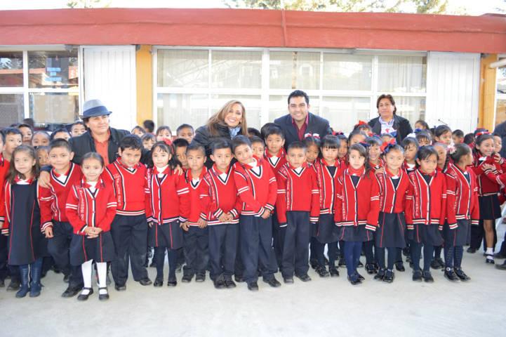 Alcalde mejora infraestructura educativa de la Melchor Ocampo