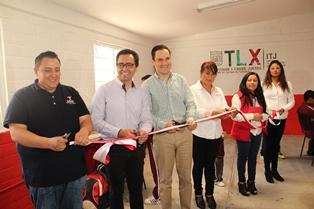 Autoridades abren centro para atender a jóvenes en Tecopilco