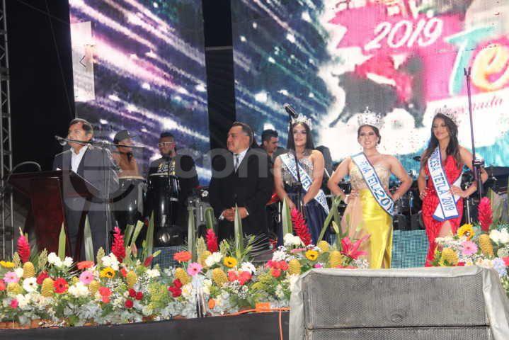 La Feria Tetla 2019 arranco con un desfile nocturno muy prendido