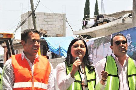 Dan banderazo a segunda obra de adoquinamiento en Tepeyanco