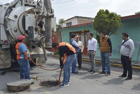 Inicia desazolve del drenaje de comunidades de Tepeyanco